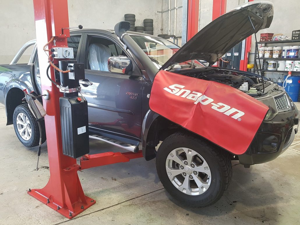 Car Leaking Oil >> Is Your Car Leaking Oil Here S What To Do Snc Automotive
